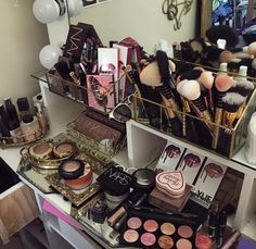 I am to OCD to have any of my makeup areas look like this but it's a great collection