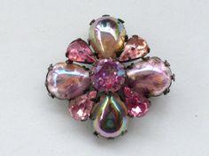 Regency Brooch pink art glass and pink rhinestones AN45