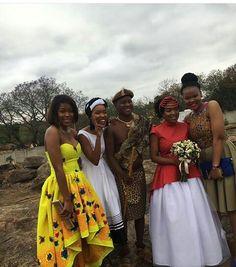 African Traditional Wear, African Traditional Wedding Dress, Traditional Wedding Attire, African Wedding Dress, African Print Dresses, African Print Fashion, African Fashion Dresses, African Dress, Traditional Dresses