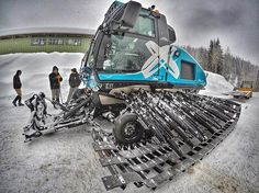 For perfect Slopes. prinoth_snowgroomers A pic by Prinoth Snwogroomers