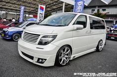 Nissan Elgrand E51 Tuning (10) | Tuning Nissan Elgrand, Kit Cars, Jdm, Cars And Motorcycles, Camper, Vehicles, Cars, Sports, Rolling Stock