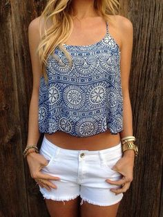 super cute outfit, blue and white crop top, shorts