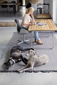 HELSINKI cotton rug in black/white - available in sizes 55 x 120 cm, 70 x 200 cm, 140 x 200 cm, 200 x 300 cm.