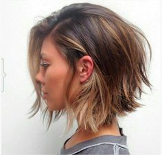 Creative ideas regarding great looking women's hair. Your hair is certainly precisely what can certainly define you as an individual. To a lot of people it is important to have a great hair do. Hair Hair and beauty. 2015 Hairstyles, Short Hairstyles For Women, Messy Hairstyles, Layered Hairstyles, Hairstyle Ideas, Trendy Haircuts, Short Hair Cuts For Women Bob, Wedding Hairstyles, Hairstyle Short