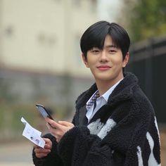 ❝Temen❞ ➛ Choi Bomin˚ˑ༄ؘ Teen Web, F4 Boys Over Flowers, Song Jae Rim, Brothers Conflict, Netflix, Web Drama, Korea Boy, Cute Korean Boys, Boy Images