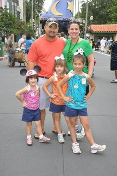 visit ready: Disney Deals and Crafty Steals. Didn't even know we had this option! Disney Deals, Disney Tips, Disney Fun, Disney Magic, Walt Disney, Disney Travel, Orlando Vacation, Florida Vacation, Vacation Trips
