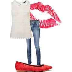 Like this simple outfit and red shoes