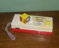 Vintage Fisher Price Pocket Camera 464 1974 1970's toy a trip to the zoo picture