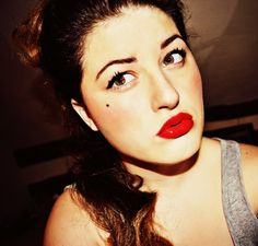 Yes this terrifying thing is me, wearing makeup inspired by 1950's pin-up girls. Pretty simple; red lipstick, winged eyeliner, darker brows and not forgetting the all important beauty spot. If its requested enough I'll sure as heck make a tutorial :)