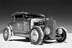 americabymotorcycle:    '32 FORD, BONNEVILLE by FLUIDIMAGES on Flickr.