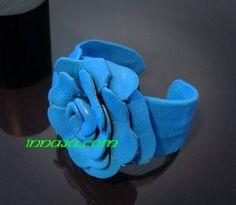 Skórzana bransoletka na safari Niebieski kwiat