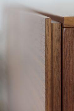 MOBILAMO in Detail - Highboard nach mass - Tischlerqualität Wood Veneer, Real Wood, Montage, Designer, Detail, Carpenter, Plywood