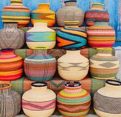 "BOHO FANATIC ♡ NITIKA on Instagram: ""Strikingly beautiful handweaved baskets by artisans of @babatreebaskets straight from Bolgatabga, Ghana ❤️ 🌈🌈🌈 Swipe for more 🌈🌈🌈…"" Basket Weaving, Hand Weaving, Storage Baskets, Boho Fashion, Artisan, Ghana, Crafts, Color, Inspiration"