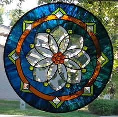 Round Stained Glass Window Panel with Flower Bevel Stained Glass Suncatchers, Stained Glass Crafts, Faux Stained Glass, Stained Glass Designs, Stained Glass Panels, Stained Glass Patterns, Leaded Glass, Beveled Glass, Glass Artwork