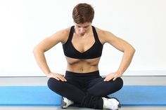 Trim Your Waist With These Awesome Fitness Tips! If you want to live well you need to stay in shape throughout your life or else you will not be well in later years. This will ensure you stay in shape aft Fitness Del Yoga, Fitness Tips, Health Fitness, Diástase Abdominal, Abdominal Exercises, Belly Exercises, Sport Treiben, Abs Workout For Women, Stay In Shape