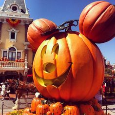 Tricked Out for Halloween: 13 Must-See SPOOKtacular Details at Disneyland Resort
