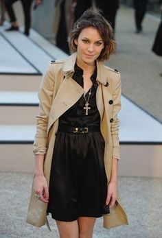 Alexa Chung: Trench with black dress and jewels. Love.