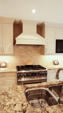kitchen cabinets photos ideas travertine backsplash with bone white cabinets amp crema 6319