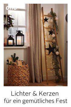 Christmas Candle Decorations, Christmas Card Crafts, Christmas Arrangements, Christmas Table Settings, New Years Decorations, Christmas Home, Holiday Decor, Deco Noel Nature, Christmas Interiors