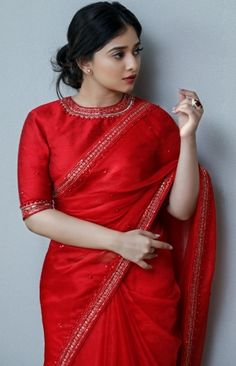 Half Saree Designs, Saree Blouse Neck Designs, Bridal Blouse Designs, Fancy Sarees Party Wear, Stylish Blouse Design, Saree Trends, Saree Models, Stylish Sarees, Saree Shopping