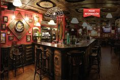 Irland s decoraci n de pub irland s and decoraci n pub on - Decoracion pub irlandes ...