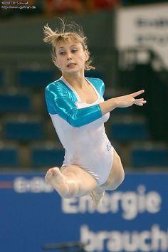 Gymnastics Posters, Sport Gymnastics, Gymnastics Leotards, Foto Sport, Dancer Photography, Female Gymnast, Sporty Girls, Female Poses, Sports Women