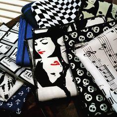 #poszetki #wzory #czaszki #twarze #nuty #kotwice #chemik #moda #stylowo #ek #edytakleist #poszetka #pocketsquare #handmade #rzeczytezmajadusze #muchasiada