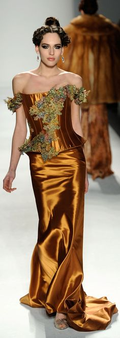 ❈ Venexiana NY Mercedes Benz Fashion Week 2012 ❈ just the dress and vest style top ~ glamour with tailored look. Haute Couture Style, Couture Mode, Couture Fashion, Runway Fashion, Love Fashion, High Fashion, Fashion Show, Fashion Design, Fashion Ideas