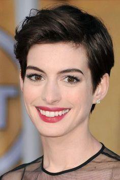 Anne Hathaway.................._wrap1_