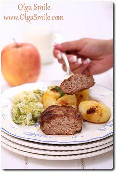 Kotlety mielone z jabłkiem Baked Potato, Food And Drink, Potatoes, Beef, Baking, Ethnic Recipes, Poland, Meat, Potato