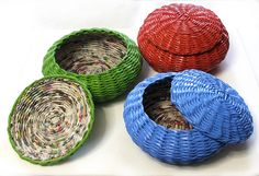 newspaper baskets in paint_koszyki z gazet pomalowane farbą by makkireQu, via Flickr