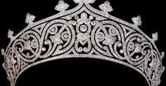 The Royal Order of Sartorial Splendor: Tiara Thursday: The Mountbatten Tiara