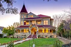 The porch on this house made my jaw drop. Wow.