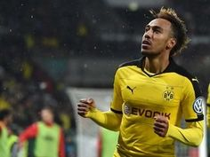 Paris Saint-Germain 'pull out of £70m Pierre-Emerick Aubameyang deal'