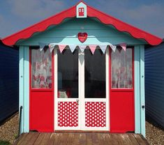 My Happy Hut Beach Hut Hire : New and Improved My Happy Hut!