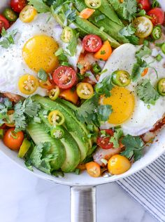 Skillet Chilaquiles 21 Insanely Colorful Meals That Are Healthy AF Clean Eating, Healthy Eating, Healthy Food, Breakfast Recipes, Dinner Recipes, Mexican Breakfast, Eat Breakfast, Cooking Recipes, Healthy Recipes