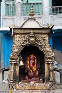 Ganesha street shrine, Nepal Jai Ganesh, Ganesha Art, Lord Ganesha, Hindu Deities, Hinduism, Om Gam Ganapataye Namaha, Lord Vishnu, Silk Road, Sanskrit
