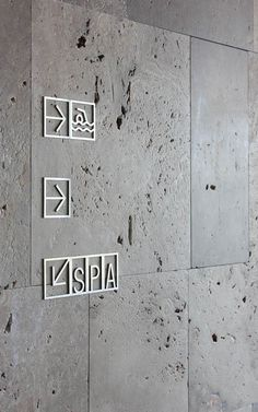 Design by Lavernia & Cienfuegos grafica design Hotel Signage, Office Signage, Signage Display, Signage Design, Environmental Graphic Design, Environmental Graphics, Branding, Design Stand, Wayfinding Signs