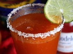 """""""Red Eye"""" (Beer 'n Clamato Juice). I always add just 1 oz clamato juice to a Molson Canadian. It's just enough to keep away that beer-bloated feeling. Clamato Juice Recipe, Michelada Recipe, Healthy Juice Recipes, Healthy Juices, Smoothie Recipes, Fruit Smoothies, Healthy Smoothies, Homemade Smoothies, Healthy Drinks"""