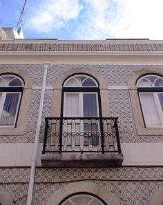 Rua Maestro Pedro de Freitas Branco - Lisboa / 1