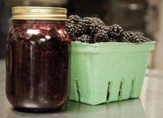 (Black-, Rasp-, Blue-, Straw-) Berry Jam