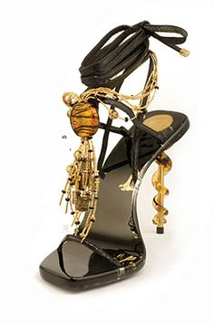 Murano Glass Shoe. black and gold