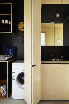 Covering the laundry with a sliding door?