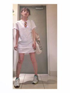 高橋愛さんのTシャツ・カットソー「CATCOPY 」を使ったコーディネート