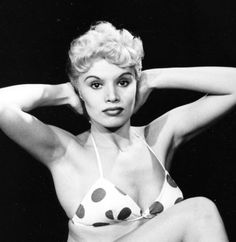 """Barrie Chase as Doris in White Christmas ( """"Mutual, I'm sure"""") Dory, White Christmas, Dancers, Musicals, Actresses, Actors, Google Search, Tv, Classic"""