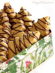 Kruche ciasteczka czekoladowo-pomarańczowe | Bea w Kuchni Baby Food Recipes, Sweet Recipes, Snack Recipes, Dessert Recipes, Cookie Desserts, Cookie Recipes, Happy Foods, Christmas Cooking, How Sweet Eats