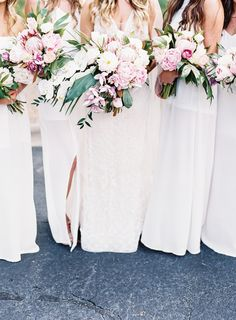Blush peony + protea bouquets: http://www.stylemepretty.com/2016/07/12/purple-gold-boho-glam-wedding/ | Photography: Allison Kuhn Photography - http://www.allisonkuhnphotography.com/