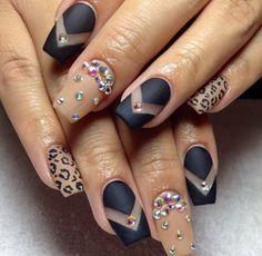 Coffin shape black matte & tan nails