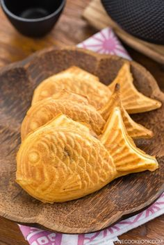 Japanese sweets - Taiyaki - Japanese fish-shaped cake snack with sweet red bean filling, traditionally sold by street vendors. | Easy Japanese Recipes at JustOneCookbook.com