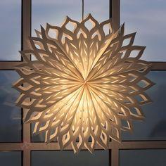 Fortryllende papirstjerne, stor til dit vindu :)